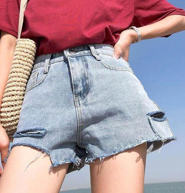 áo thun quần short đi biển