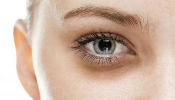 review kem trị thâm quầng mắt