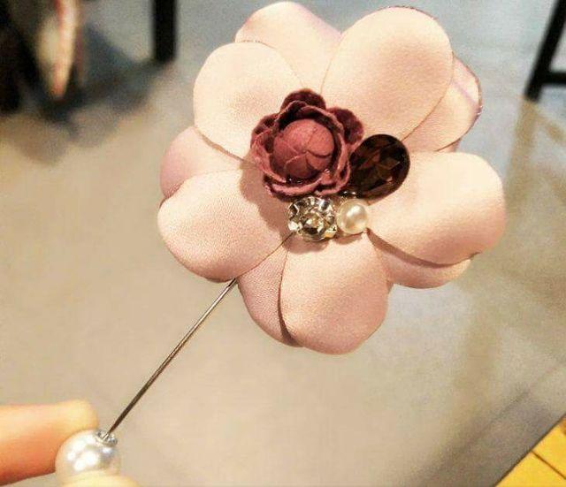 Hoa Vải Cài Áo