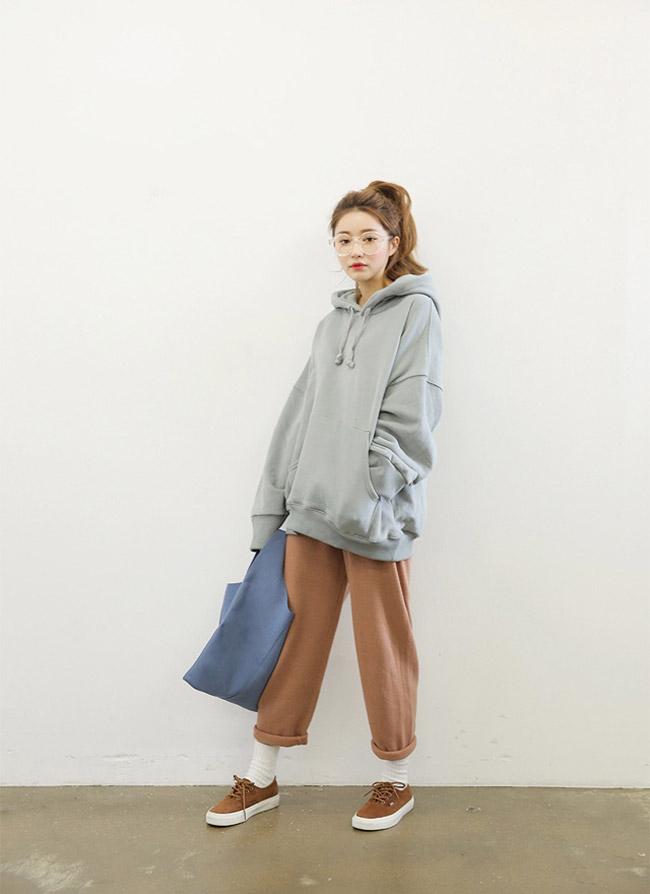 Baggy cạp cao và áo sweater