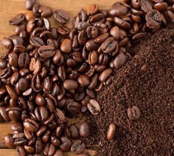 bã cà phê dùng để khử mùi