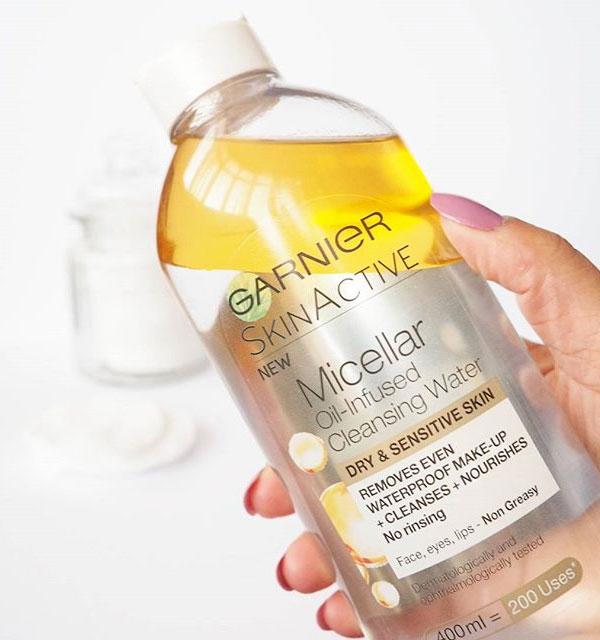 nước tẩy trang garnier vàng