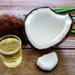 Se khít lỗ chân lông bằng dầu dừa