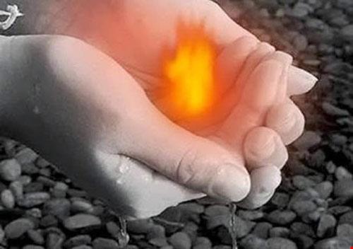 Kiêng cho lửa , nước đầu năm