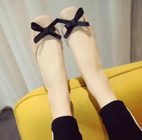 Cách Mang Giày Búp Bê Không Đau Chân