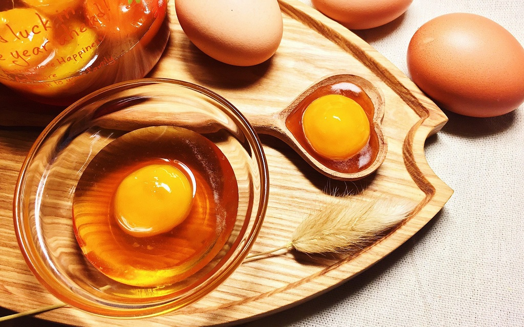 Mặt Nạ Mật Ong và Trứng Gà Có Tác Dụng Gì?